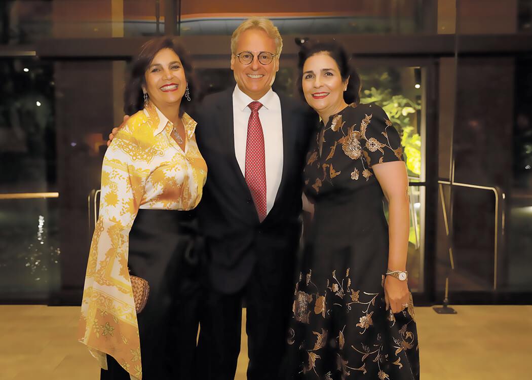 Clarissa Brugal León, Peter Burgers and María Amalia León de Jorge