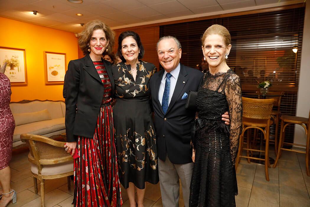 Eliza Bolen, María Amalia León de Jorge, Frank Rainieri and Annette de la Renta