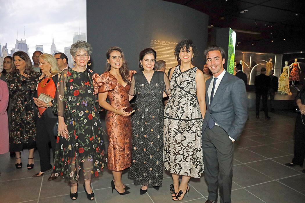 Lidia León, Sarah Jorge León, María Amalia León de Jorge, Amelia Vicini y Fernando García