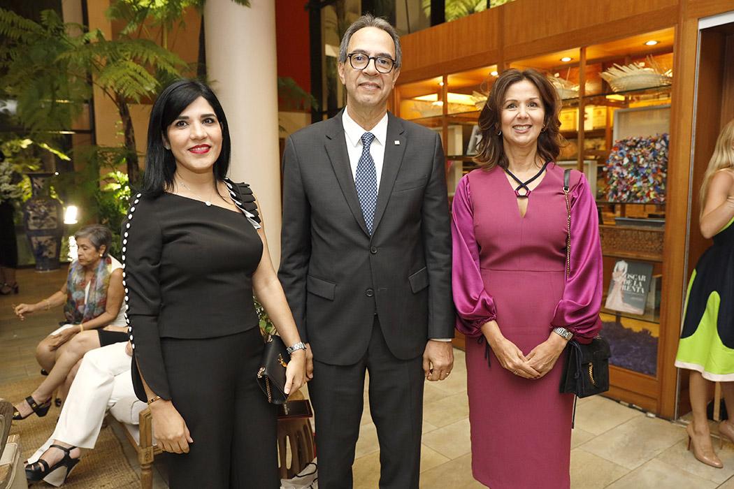 Mariel Bera, José Mármol and Carmen Rita Cordero
